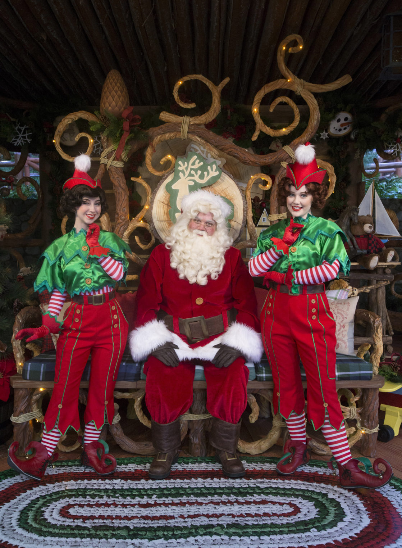 disneyland christmas santa claus