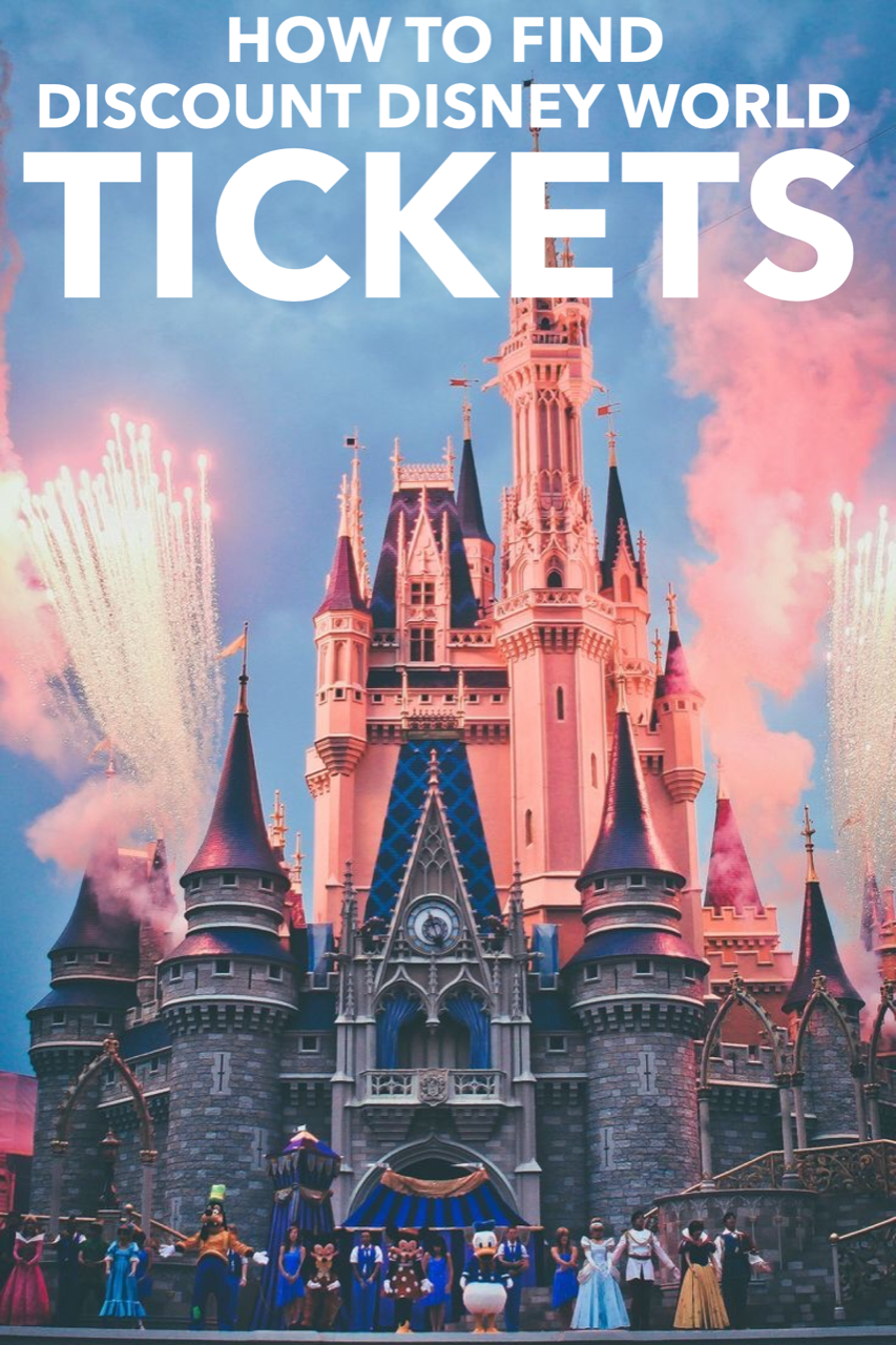 You can buy tickets in advance via Disney's UK website, which offers seven, 14 or day 'Ultimate' tickets – though in practice the seven and 14 day tickets are usually the same price, so you may as well get the longer one.
