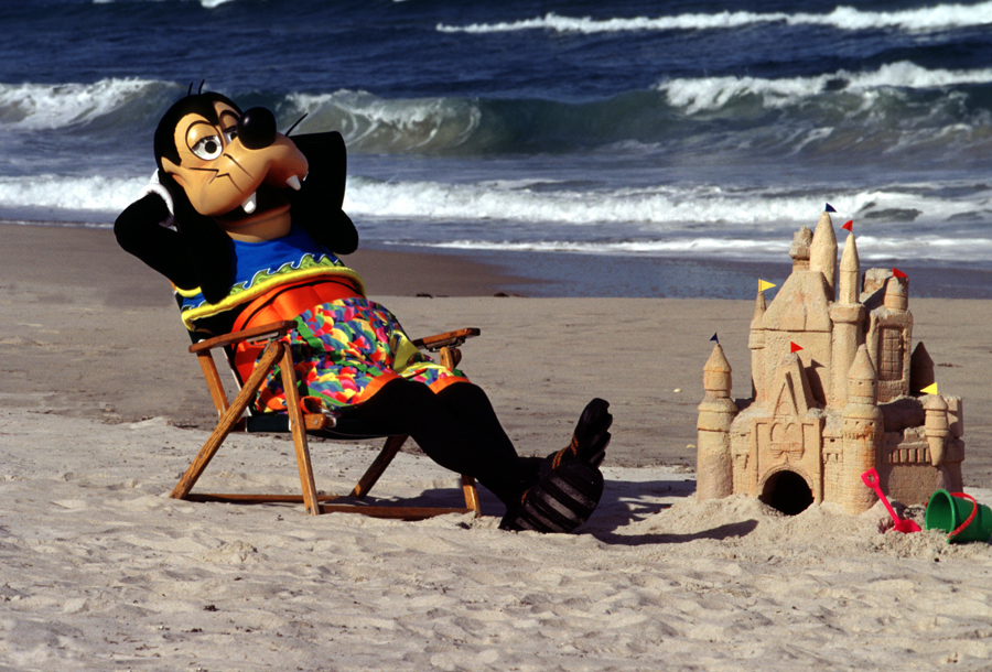 Goofy hanging out at the beaches near Disneyland