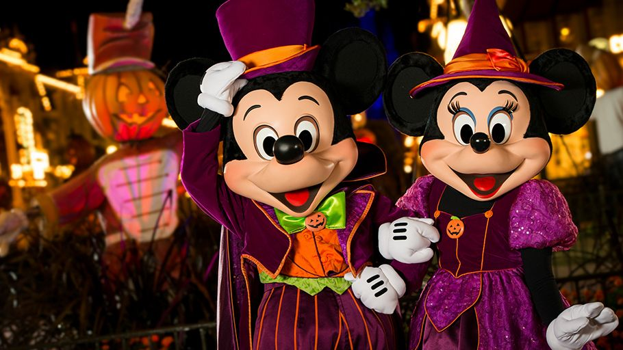 Mickey and Minnie halloween costumes