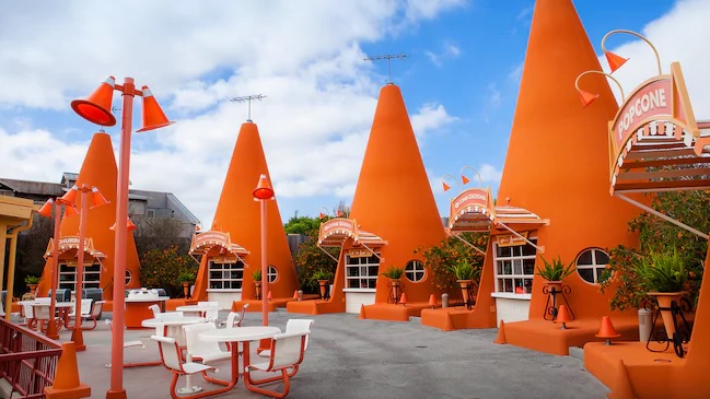 Disneyland's Cheapest Food Finds: Cozy Cone in Cars Land