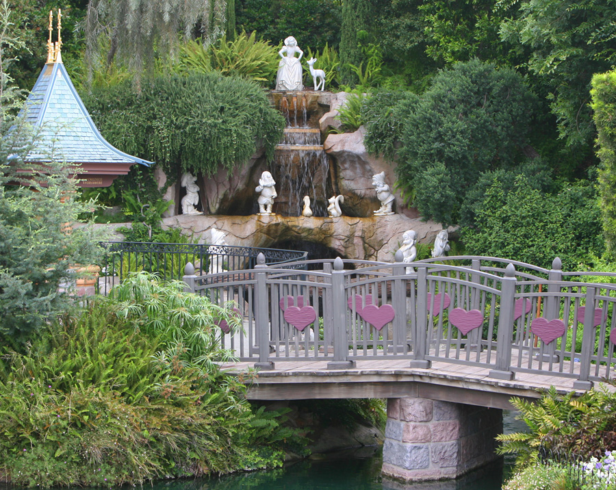 The Wishing Well with Snow White fountain