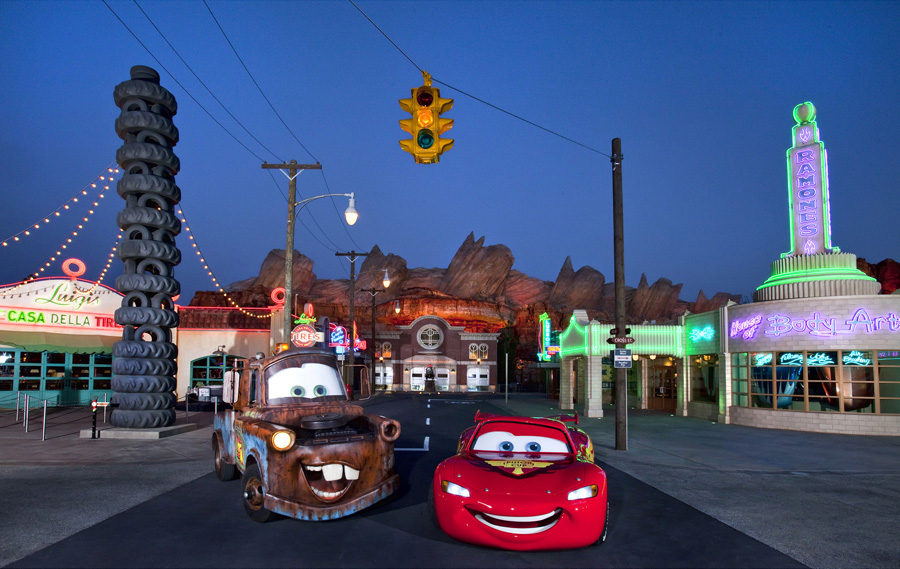 Lightning McQueen and Mater in front of Cars Land