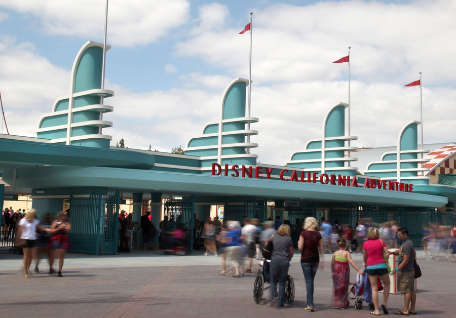 California Adventure: morning strategy: gates at california adventure