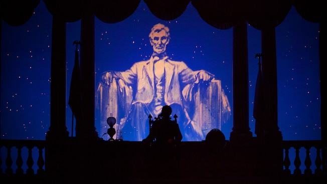 Abe Lincoln show backdrop