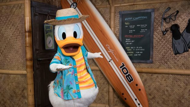 Donald Duck seaside breakfast