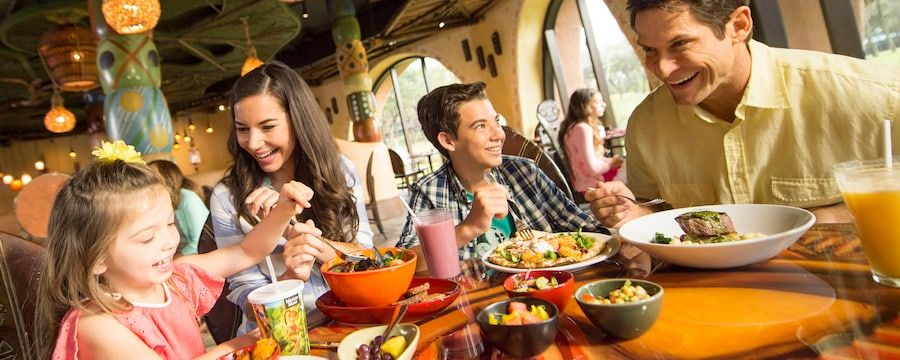 Family dining at WdW