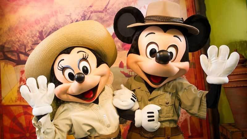 Mickey and Minnie dressed in safari gear