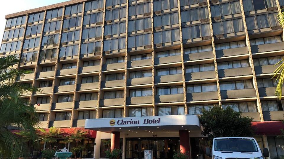 The front entrance of the Clarion hotel