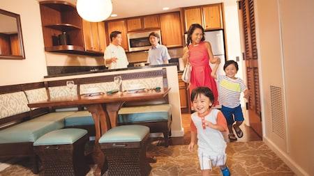 Disney Vacation Club: excited kids run through hotel