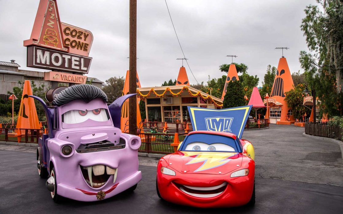 Mater and Lightning in Halloween costumes