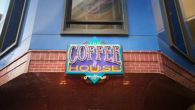 Coffee House at the Disneyland Hotel