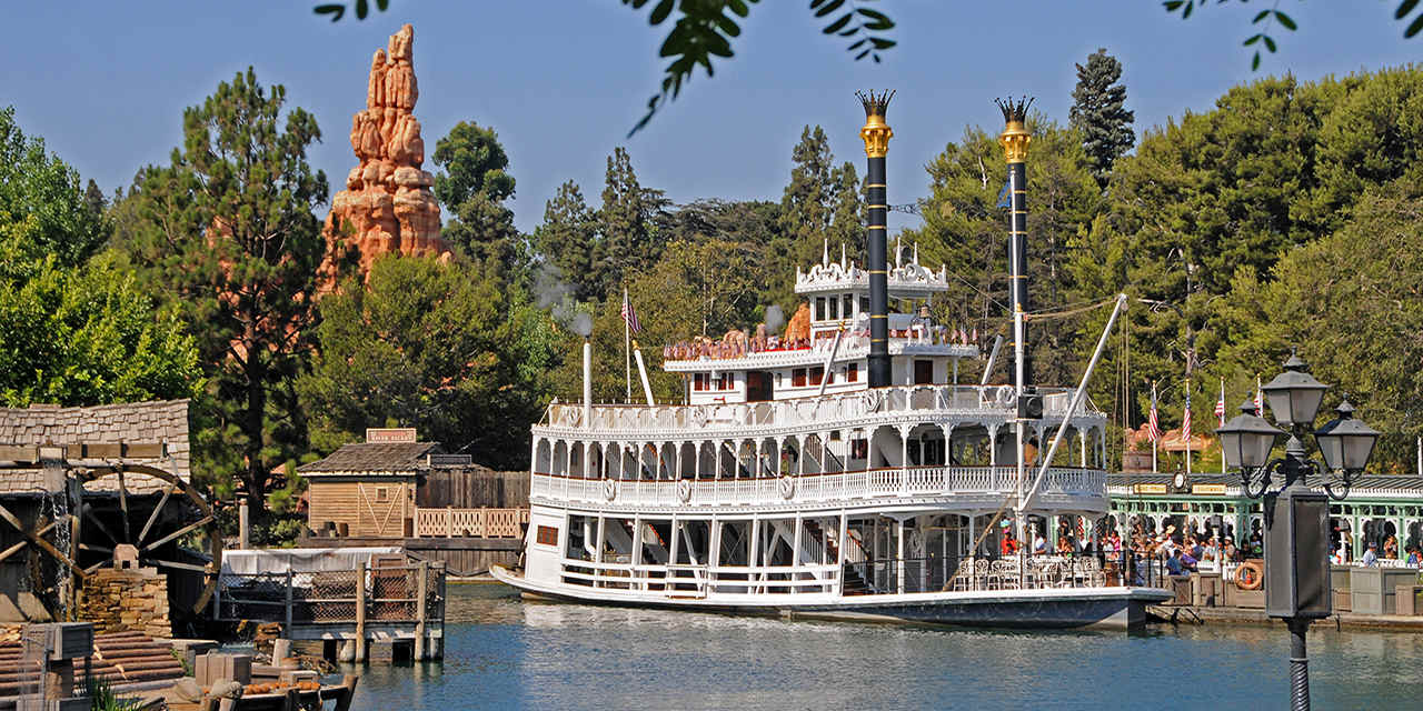 Mark Twain Riverboat during a bright sunny day